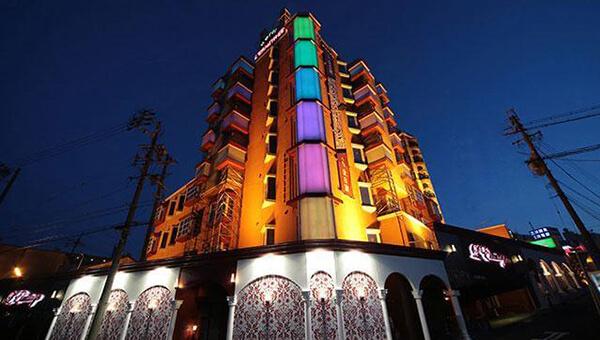 名古屋のホテル・ル・エルミタージュ&カサンドラ